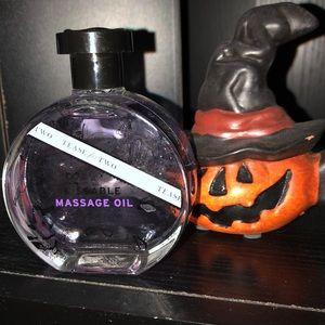 Victoria's Secret Kissable massage oil